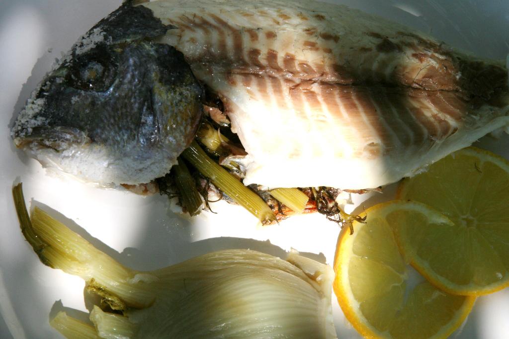Dorades au gros sel et fenouil papilles parlotte - Desherber au gros sel ...