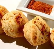 Sablés au piment d'Espelette et fromage de brebis